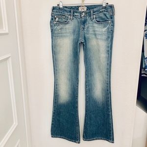 NEW Abercrombie & Fitch Low Rise Flare Jeans
